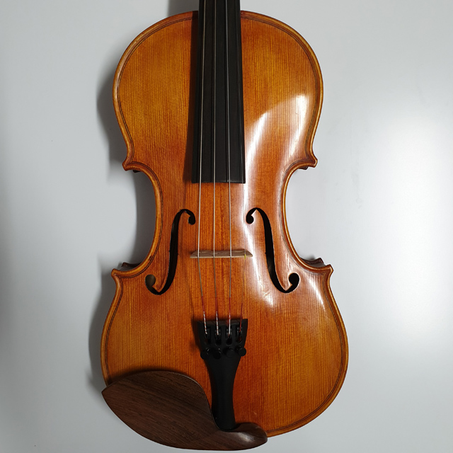 Birds Eye 4/4 Violin - Stradivarius Copy