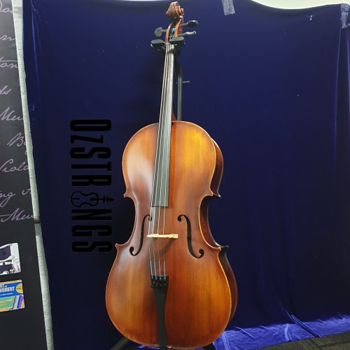 Universal Vln 4/4 Cello - Strad Copy USED