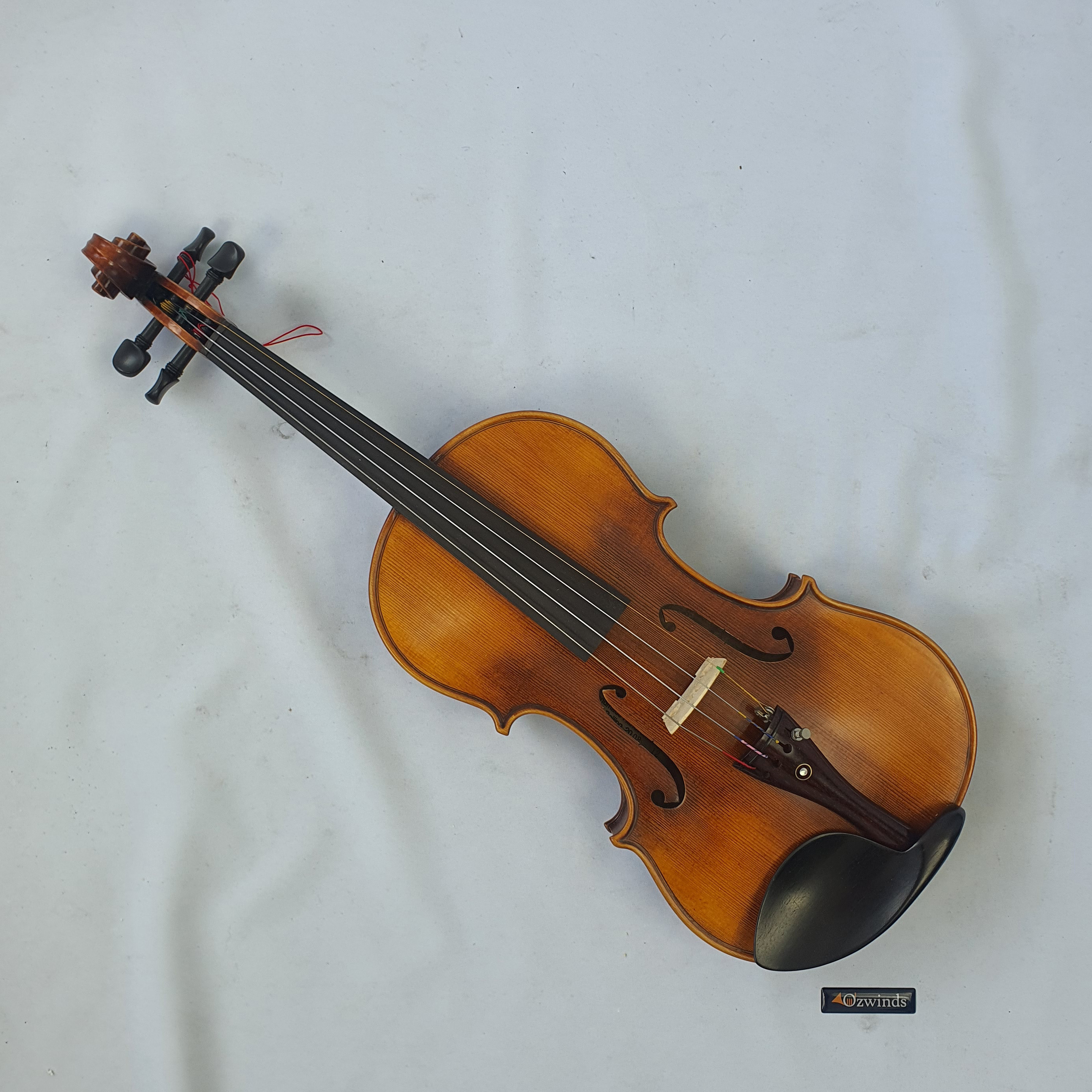 Kaiming Viola 12 inch - Includes case - Used