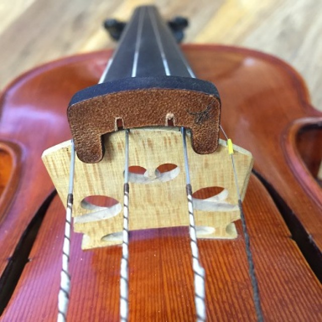 Innovative Leather Violin Mute